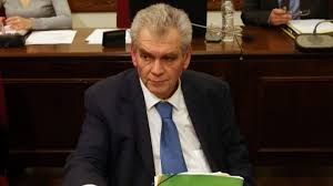 Papagelopoulos called for a confrontation with Raikos and Samaras